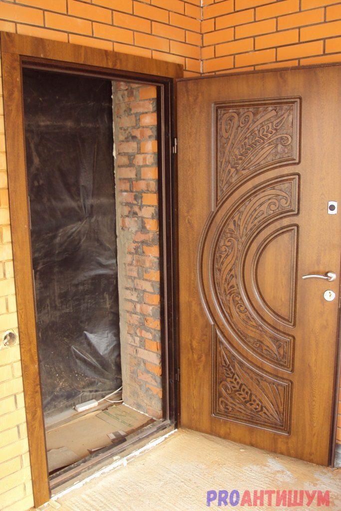 Фото: Красивый вариант двери из МДФ. Автор: Ксения Болканская