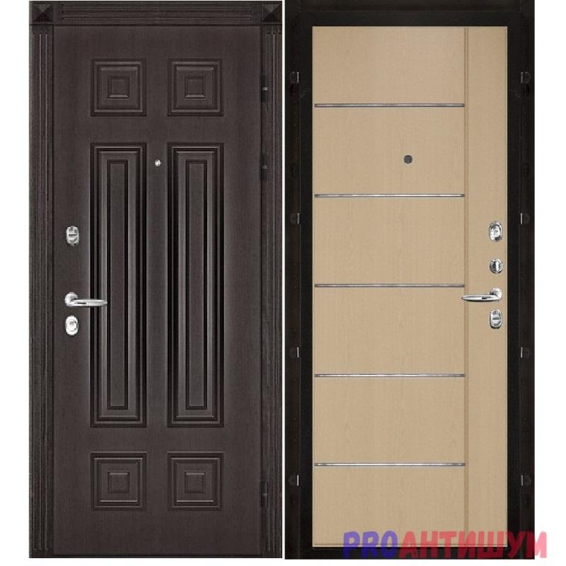 Фото: Белая вторая дверь. Автор: Ксения Болканская