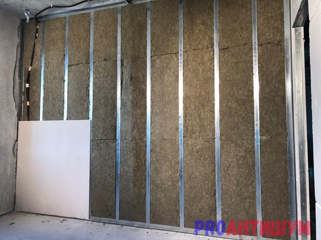 Фото: Шумоизоляция стены из гипсокартона. Автор: Константин Костоломов