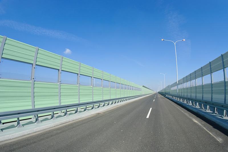 Шумозащитные экраны - защита от транспортного шума